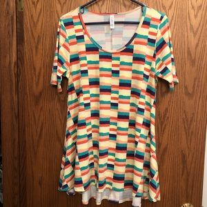 Lularoe Multi Color Perfect T-Size M